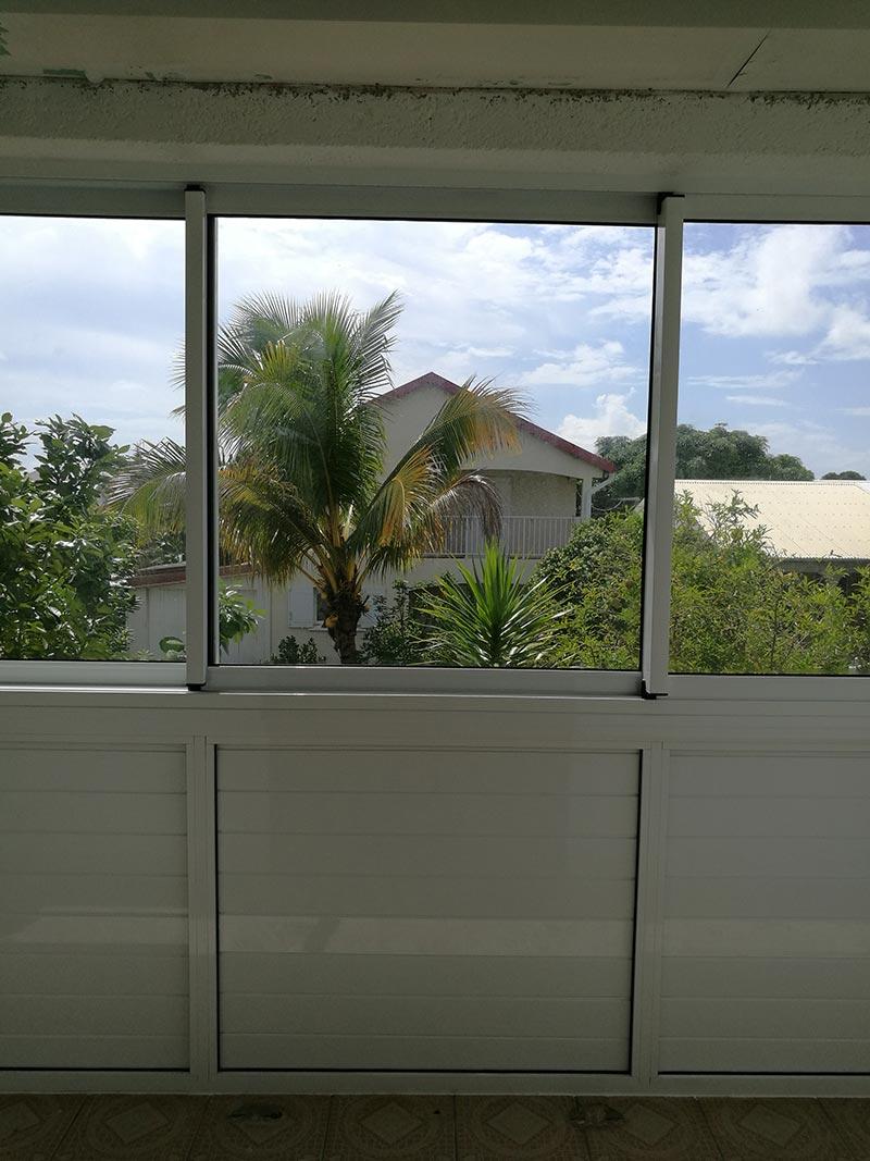 Pose de fenêtres coulissantes à Saint-André de La Réunion, BFM Fermetures